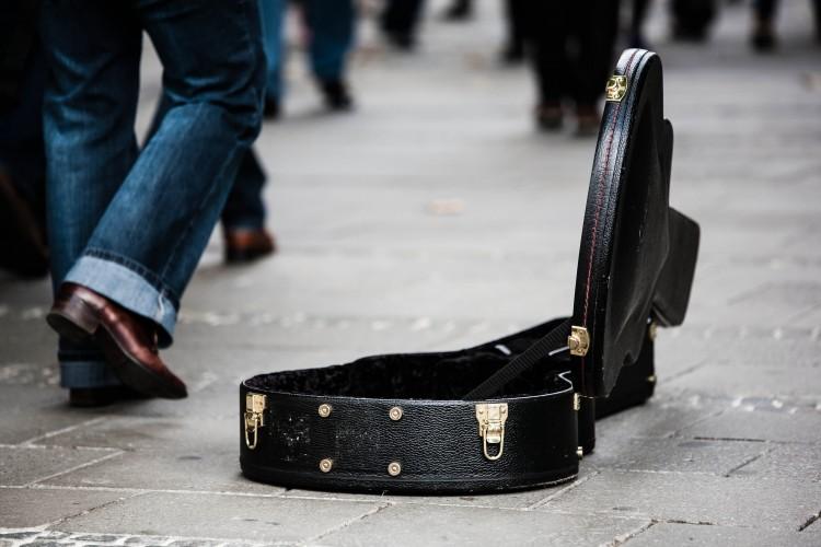 guitar-case-485112